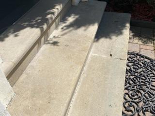 Pískovec schody před renovací